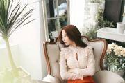 美女图片:沙发上包臀裙美女模特美丽写真[多图]
