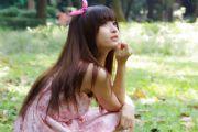 美女图片:清纯美女碎花裙可爱写真[多图]