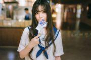美女图片:清纯可爱美女首尝学生装写真![多图]