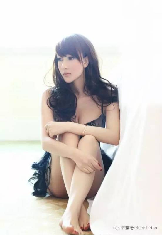 美女图片:美女迷人小可爱诱惑写真[多图]图片5