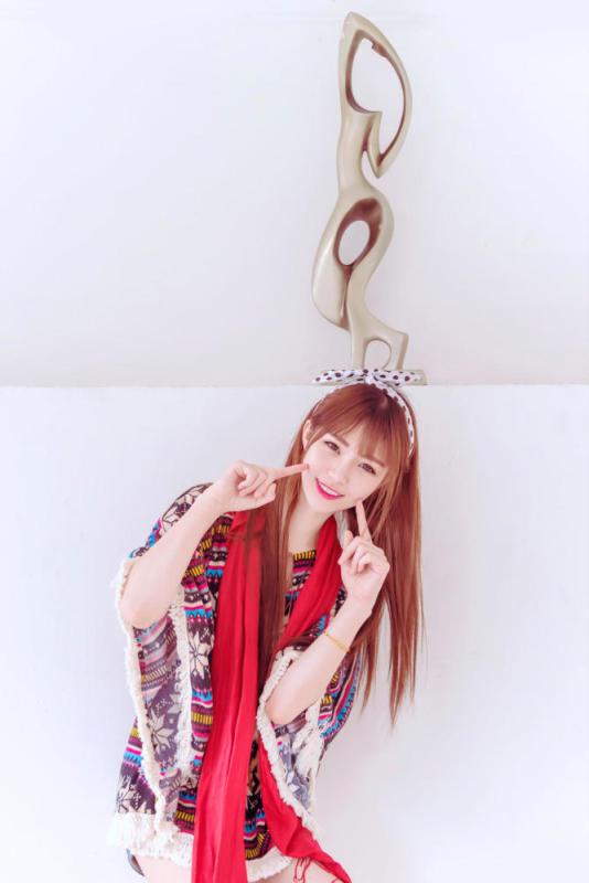 美女图片:清纯可爱甜美女生唯美写真[多图]图片3