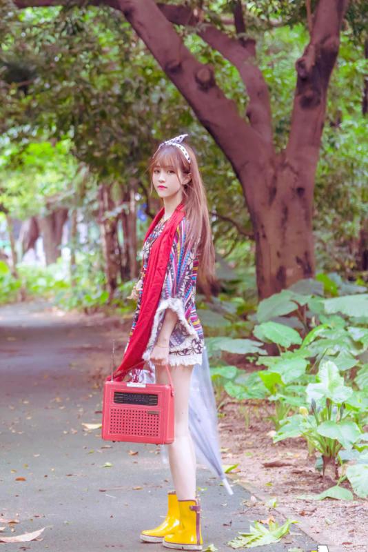 美女图片:清纯可爱甜美女生唯美写真[多图]图片1