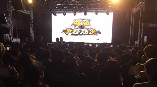 石川智晶演唱会惊现《敢达争锋对决》[多图]图片4