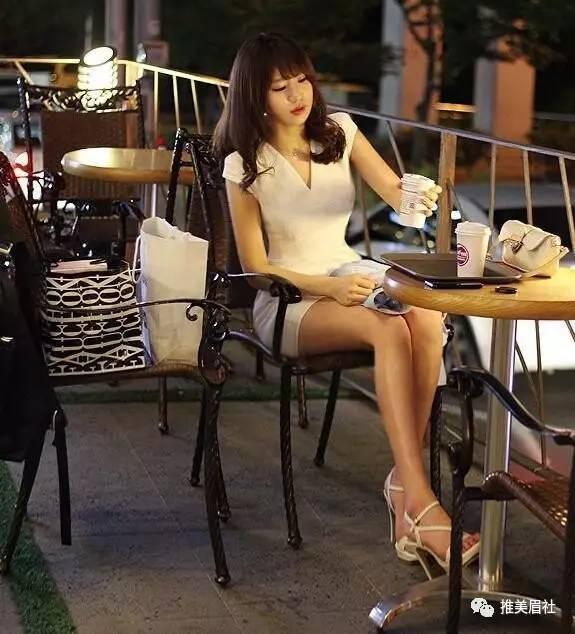 美女图片:漂亮的不想实力派 生活照就是如此美[多图]图片5