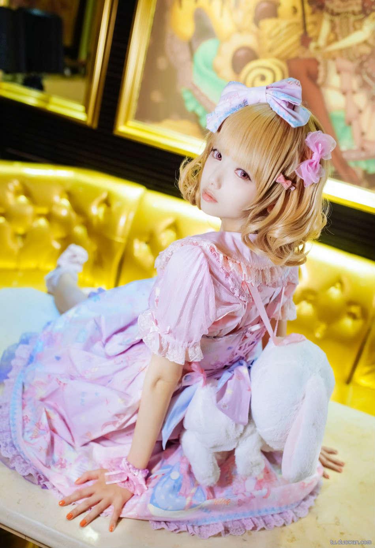 美女图片:可爱coser猫梓子面容似真人娃娃[多图]图片4